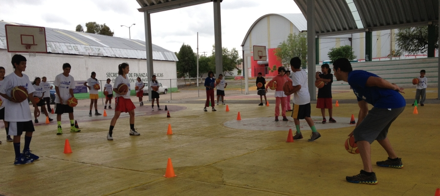 Clinica de Baloncesto y Ejercicios